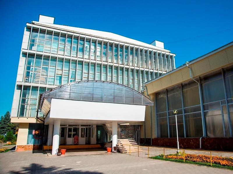 Санаторий «Пикет» в Кисловодске для пенсионеров